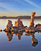 Picturesque sunset at Mono Lake. — Stockfoto