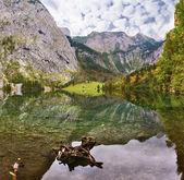 Mirrored surface of  lake Koenigssee — Stock Photo