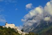 Fortress-palace Hohenwerfen in Austria — Foto Stock