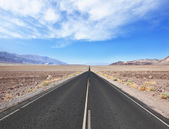 Straight smooth road — Stock Photo