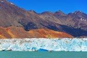 Unique lake Viedma in Argentine — Stock Photo