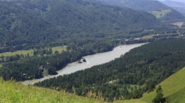Panorama the river Katun from Mount Bloody Finger. Altai Krai. Russia. — Stock Video