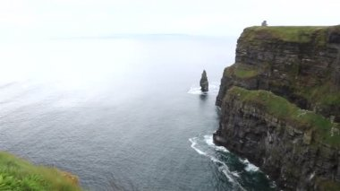 Cliffs of Moher and Atlantic Ocean. — Stock video