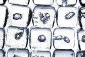 Faire fondre les cubes de glace — Photo