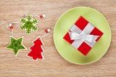 Christmas decor and gift box — Stockfoto