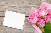 Roses bouquet and blank card — Stockfoto