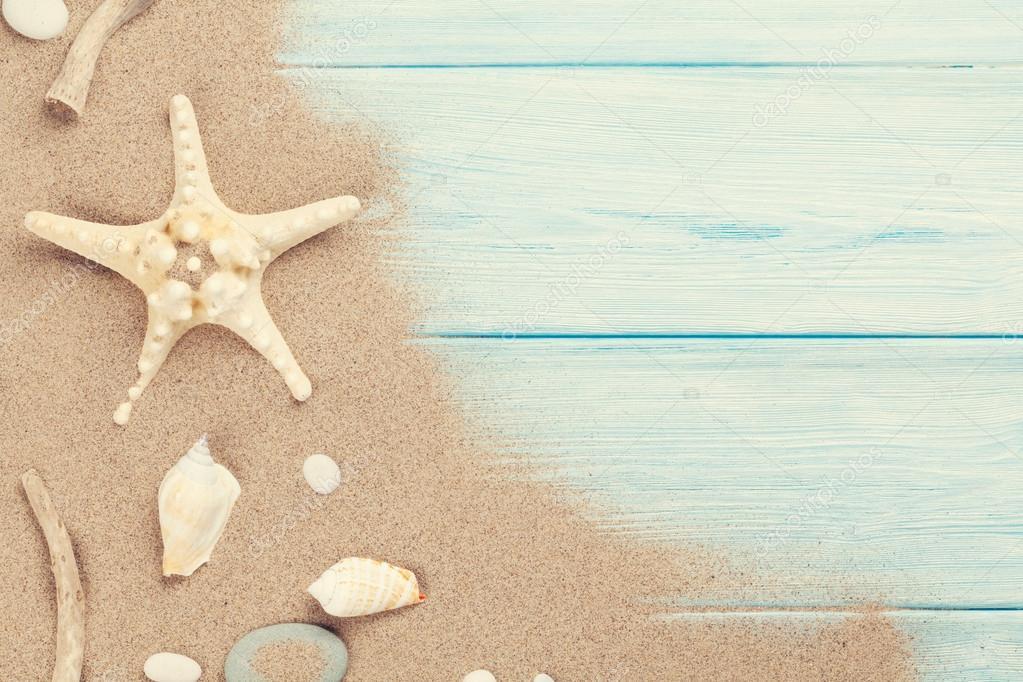 Mare di sabbia con conchiglie e stelle marine foto stock - Immagini di spongebob e sabbia ...