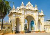 Maharaja's palace mysore — Stock Photo