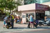 Road police check tourists on motorbikes — Stock Photo