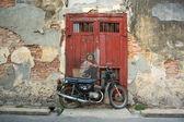 """""""Chlapec na kole"""" street artu nástěnné — Stock fotografie"""