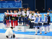 Ladies' 3000 m Heats Short Track Relay medal ceremony — Foto Stock
