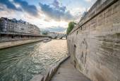 Seine river with bateau cruising. — Stock Photo