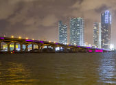 Bridge lit up at night, Miami — Stock Photo