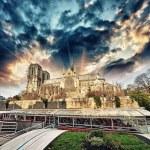 La Cathedrale de Notre Dame — Stock Photo #53633447