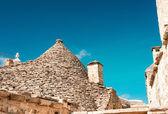 Trulli in the southern Italian town of Alberobello, Apulia, Ital — Stock Photo
