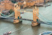 The Tower Bridge from a high vantage point — Stock Photo