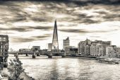 London skyline and Thames river — Foto de Stock