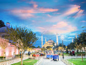 Amazing night view of Blue Mosque - Istanbul — Stock Photo
