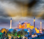 Magnificent sunset view of Hagia Sophia — Stock Photo