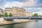 Paris cityscape along Seine river — Stock Photo