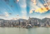 Sunset skyline of Hong Kong business district — Stock Photo