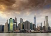 Beautiful Manhattan skyline — Stock Photo