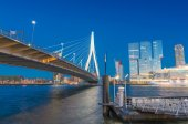 Rotterdam is a city defined by modern architecture - Night skyli — Stock Photo