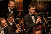TERNOPIL, UKRAINE - DECEMBER 12: Ternopil Philharmonic Symphony  — Stock Photo