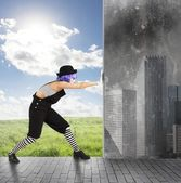 Woman Clown changes the environment — Stock Photo