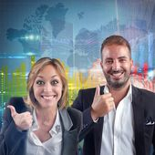 Businesspeople optimistic for world financial growth — Stock Photo