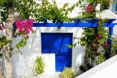 The house in traditional Greek style, Santorini island, Greece — Stock Photo