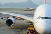 Emirates A380-800 docked in Airport — Stock Photo