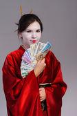 Девушка в национальном костюме японских гейш — Стоковое фото