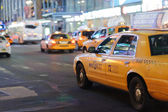 Yellow cabs at area near Times Square — Stockfoto