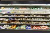Супермаркет интерьер в Женеве — Стоковое фото