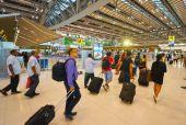 Suvarnabhumi Airport interior — Stock Photo