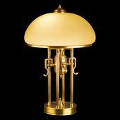Siyah üzerine izole klasik masa lambası — Stok fotoğraf