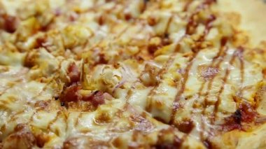 BBQ Chicken Pizza — Stock Video