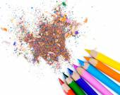 Color pencils with its shavings — Stockfoto