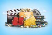 Cinematograph in cinema films and popcorn — Stock Photo