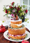 Dessert table for a party. Ombre cake, cupcakes, sweetness and f — Stock Photo