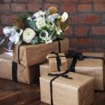������, ������: Wedding bouquet on the wedding presents