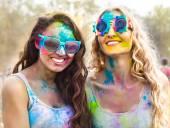 Portrait of happy girls on holi color festival — Stock Photo