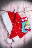 Christmas stocking en kerstmuts — Stockfoto