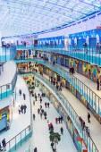Zones de shopping et de divertissement dans Aviapark — Photo