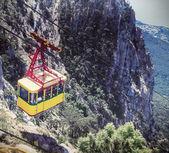 Ropeway to the top of Ai-Petri mountain — Foto de Stock