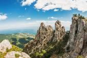Ai-Petri altas rocas de las montañas de Crimea — Foto de Stock