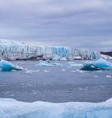 北极冰川。冰和冷。地区新地岛 — 图库照片