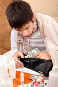 Sick Teenager checks the Wallet — Stock Photo