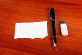 Blank Paper on the Table — Стоковое фото